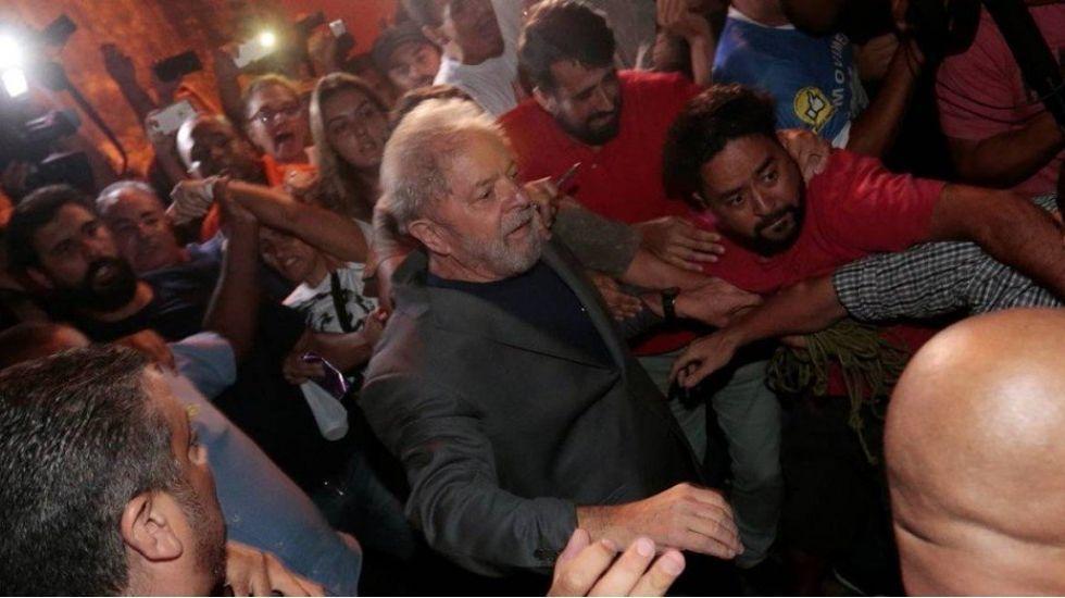 Justicia retira beneficios de Lula da Silva como expresidente de Brasil - Foto de O Globo
