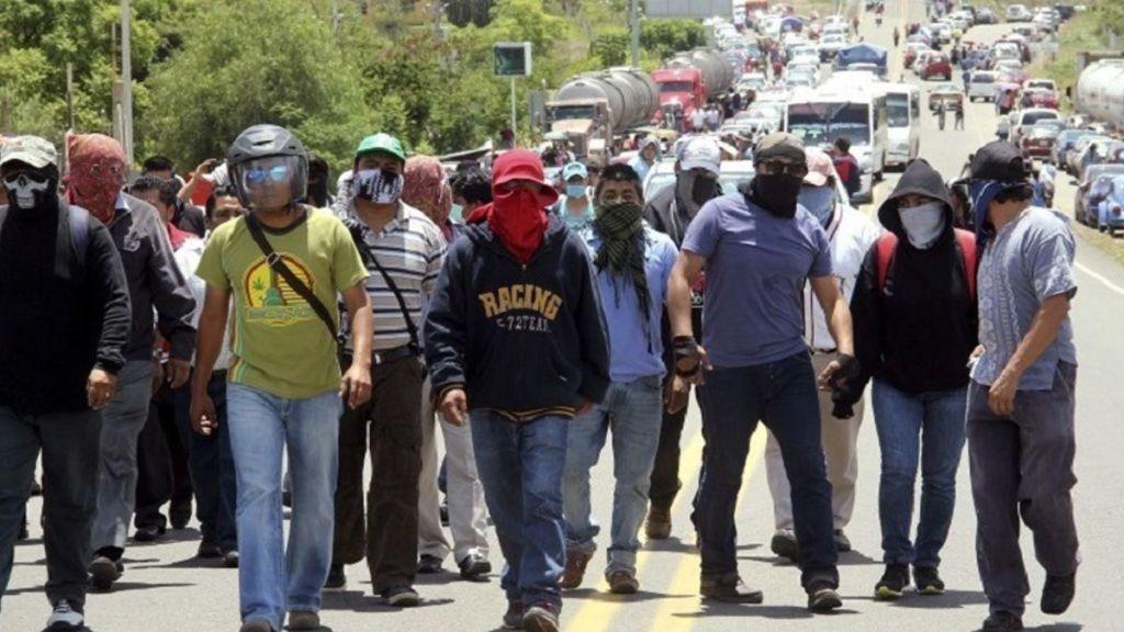 Liberan vialidad tomada por maestros en Chiapas - Foto de Internet