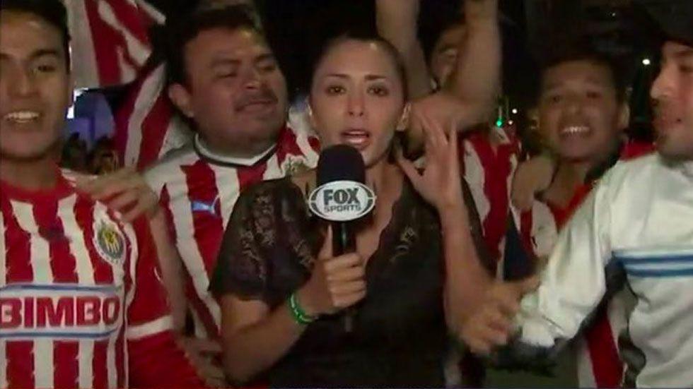 Aficionado tocó mis glúteos más de una vez: reportera de Fox Sports - Foto de Fox Sports
