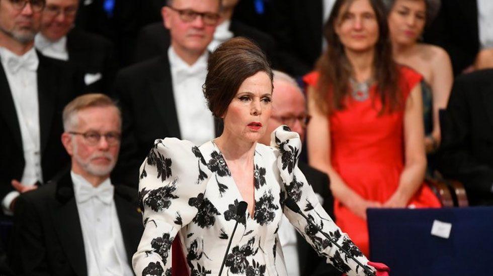 Dimite otra integrante de la Academia Sueca de Nobel - Foto de AP