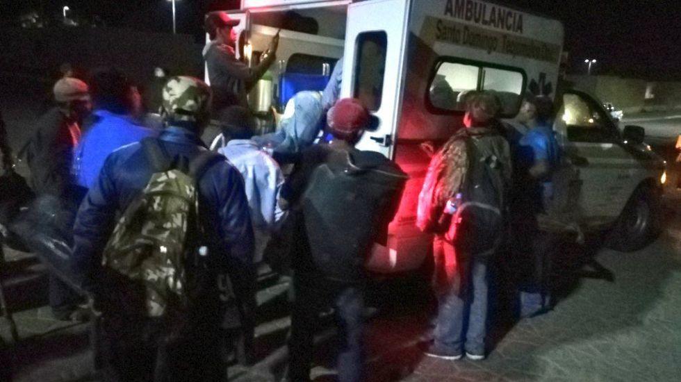 Pobladores liberan a empleados de gobierno de Oaxaca - Foto de @DialogosoaxacaO