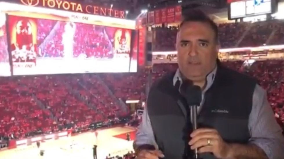 Medio tiempo y los Rockets ya superan con creces a Utah