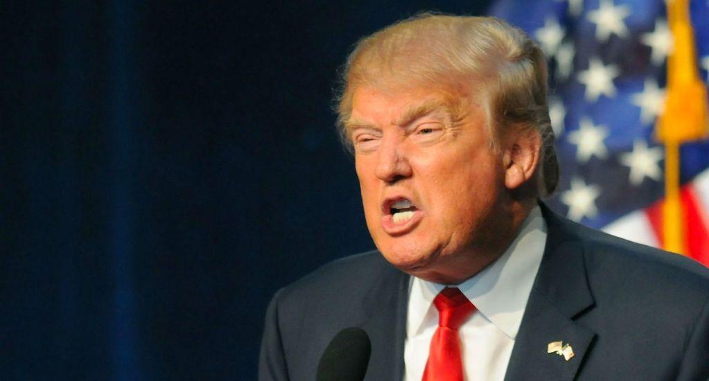 Trump responde a documentos desclasificados del exdirector de FBI - Foto de Affinity Magazine