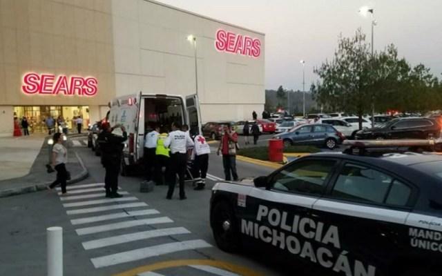 Ataque en centro comercial de Morelia deja al menos tres muertos - Foto de Quadratín