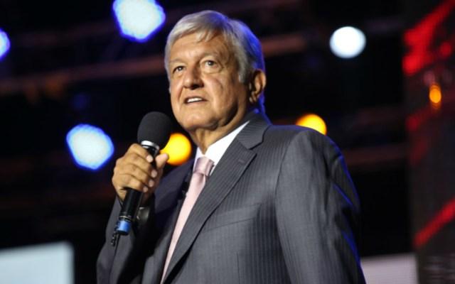 AMLO lima asperezas con el CMN tras reunión - Foto de LópezObrador.org