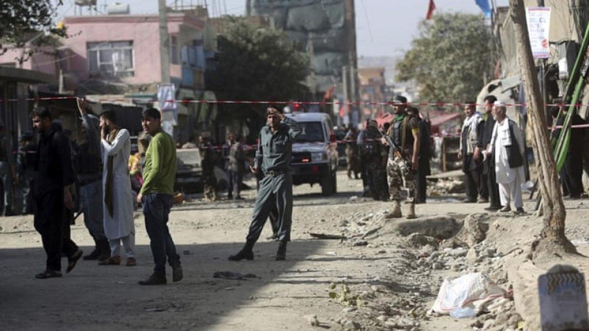 Atentado contra un centro electoral dejar al menos 10 muertos