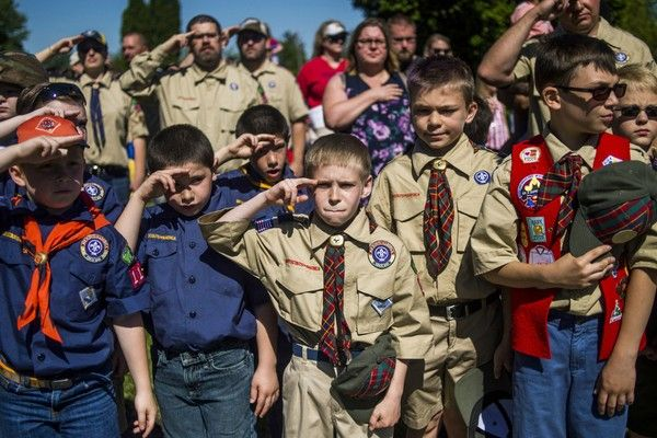 Boy Scouts cambiarán de nombre para incluir a niñas