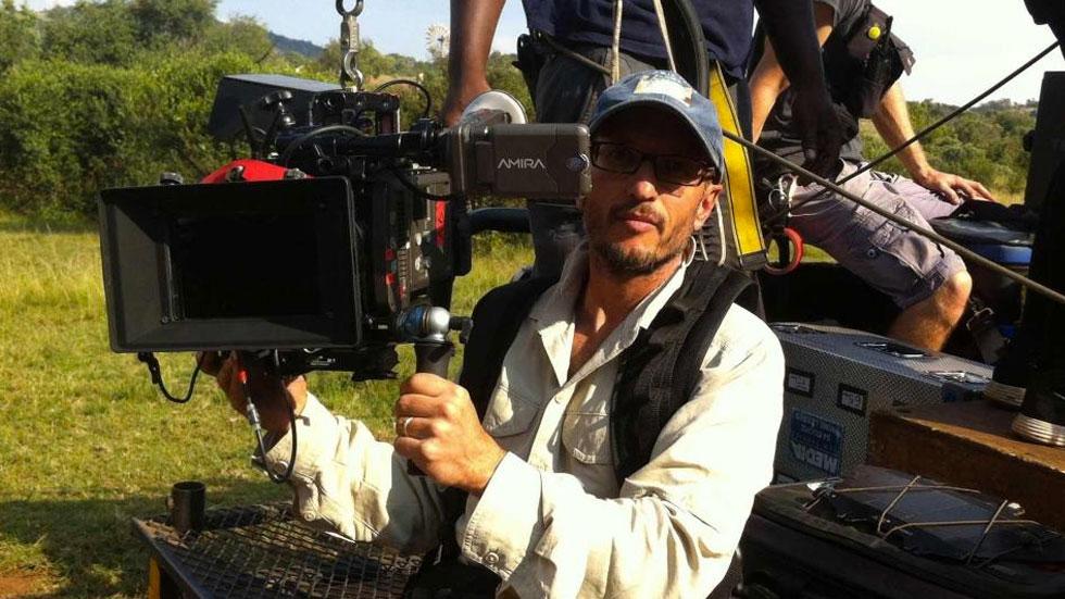 Cineasta murió tras ser golpeado por una jirafa