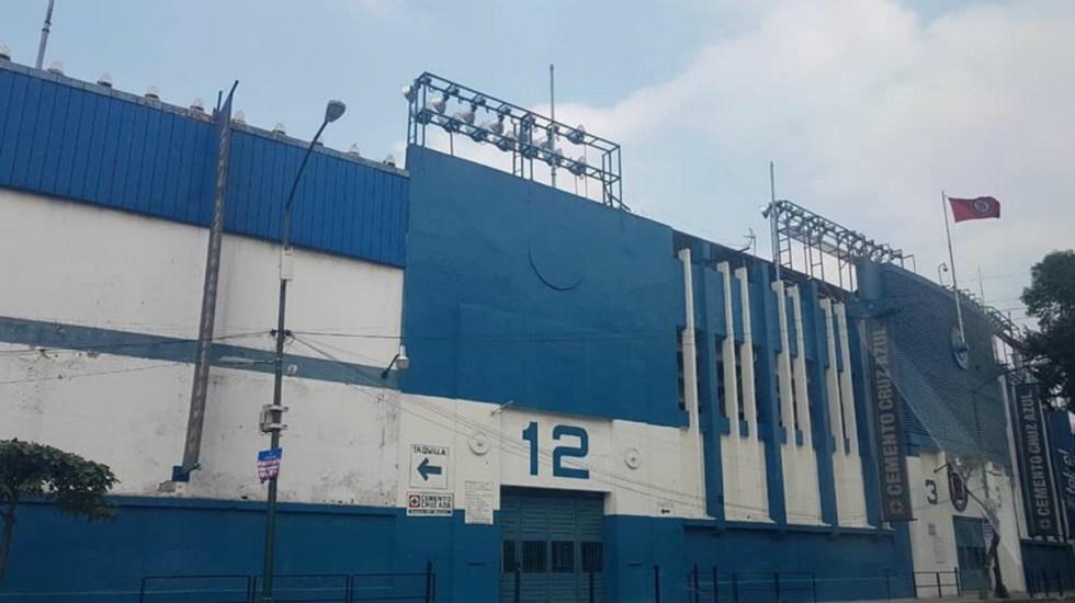 Inicia desmantelamiento del Estadio Azul - Foto de @AficioonAzul