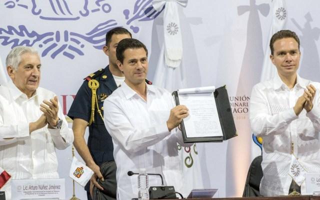 Peña Nieto llama a gobernadores a redoblar esfuerzos en seguridad - Foto de Presidencia
