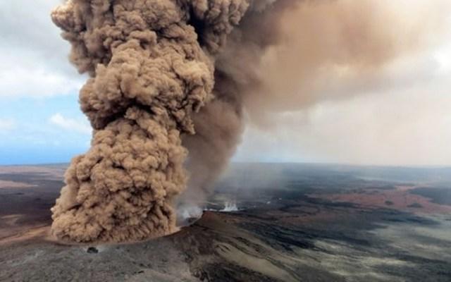 Advierten por posible erupción explosiva del volcán Kilauea - Foto de EFE