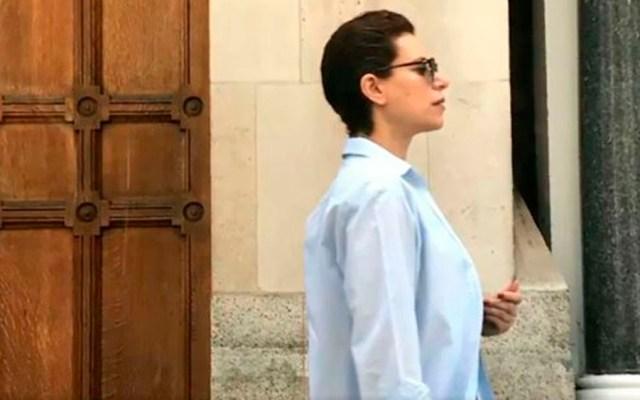 Karime Macías usará brazalete electrónico en el Reino Unido, afirma FGR - Karime Macías en Londres. Foto Especial