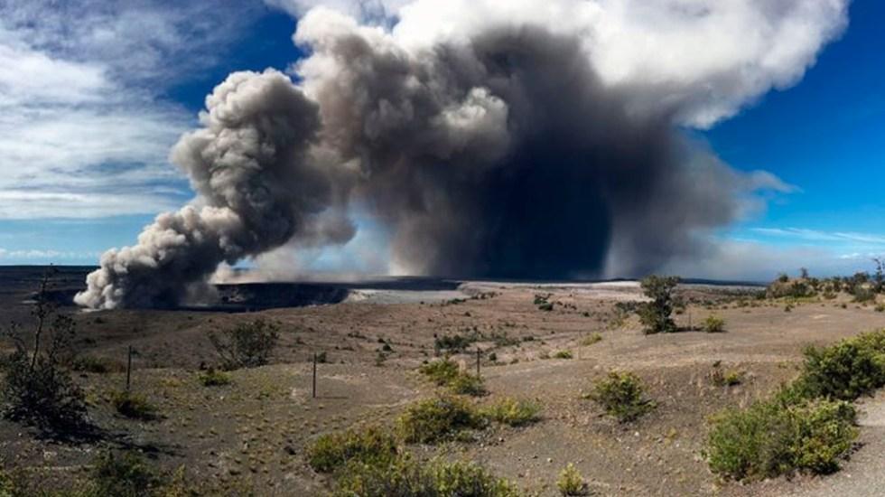 Volcán Kilauea registra erupción de ceniza de más de tres kilómetros - Foto de AP