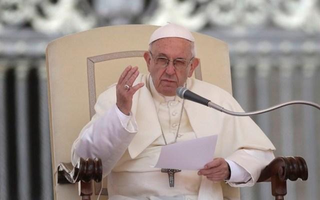 Papa Francisco se reunirá con víctimas de curas pederastas en Dublín - Foto de AP