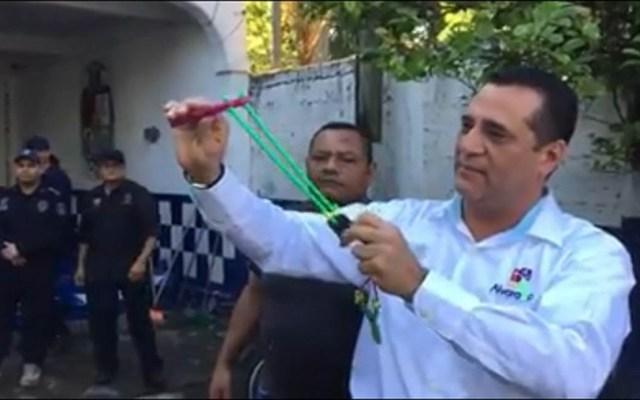 #Video Arman con resorteras y piedritas a policías de Veracruz - Foto Captura de Pantalla