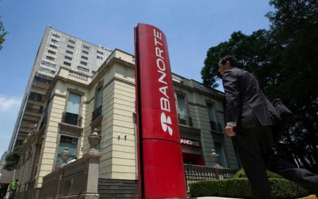 Aprueba Cofece fusión de Interacciones con Banorte - Foto de Bloomberg