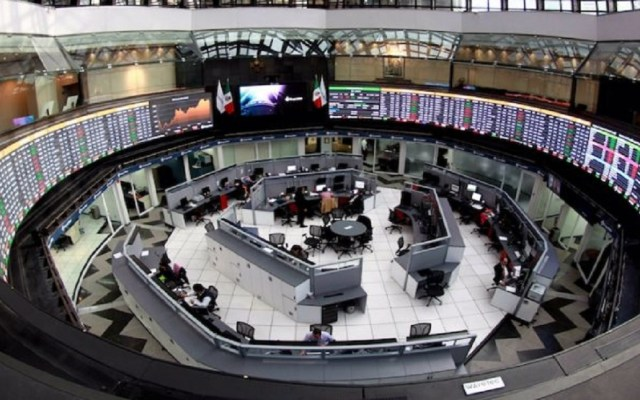 Bolsa Mexicana frena caída tras matizar iniciativa contra comisiones - Foto de internet
