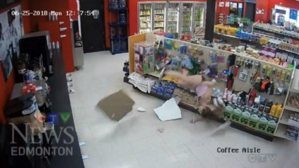 #Video Así fue el fallido intento de huida de dos sospechosos en Canadá - Foto de News Edmonton