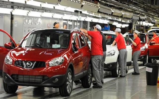 Aumenta producción de autos pero bajan sus ventas - Foto de internet