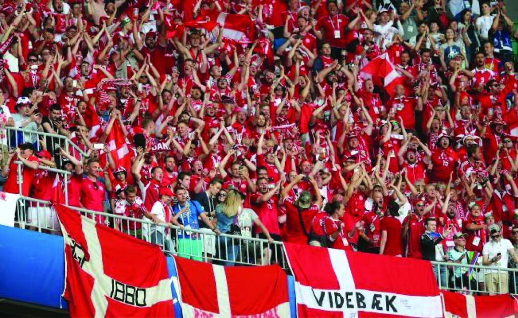FIFA multa a Dinamarca, abre expediente a Serbia, Suiza y Alemania