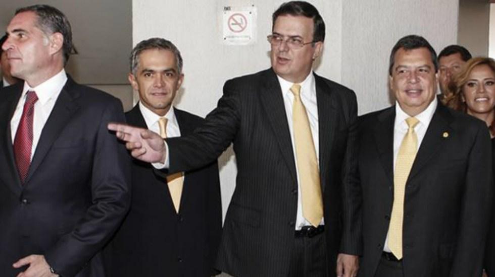 Ebrard acusa a Mancera de asignar contratos directos a Rioboó - Foto de Cuartoscuro