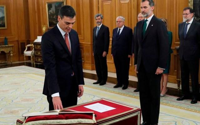 Pedro Sánchez juramenta como presidente del gobierno español - Foto de EFE