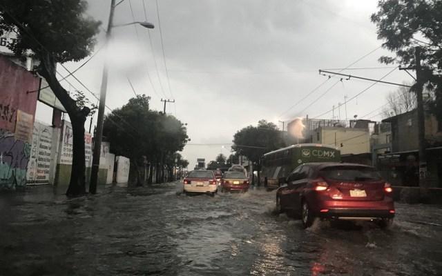 Activan alerta roja por lluvias en la Ciudad de México - Foto de @ferbelaunzaran