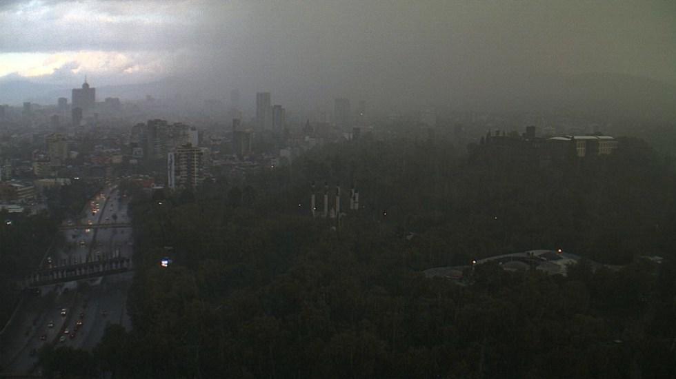 Fuerte lluvia en la CDMX la tarde de este sábado - Foto de @webcamsdemexico