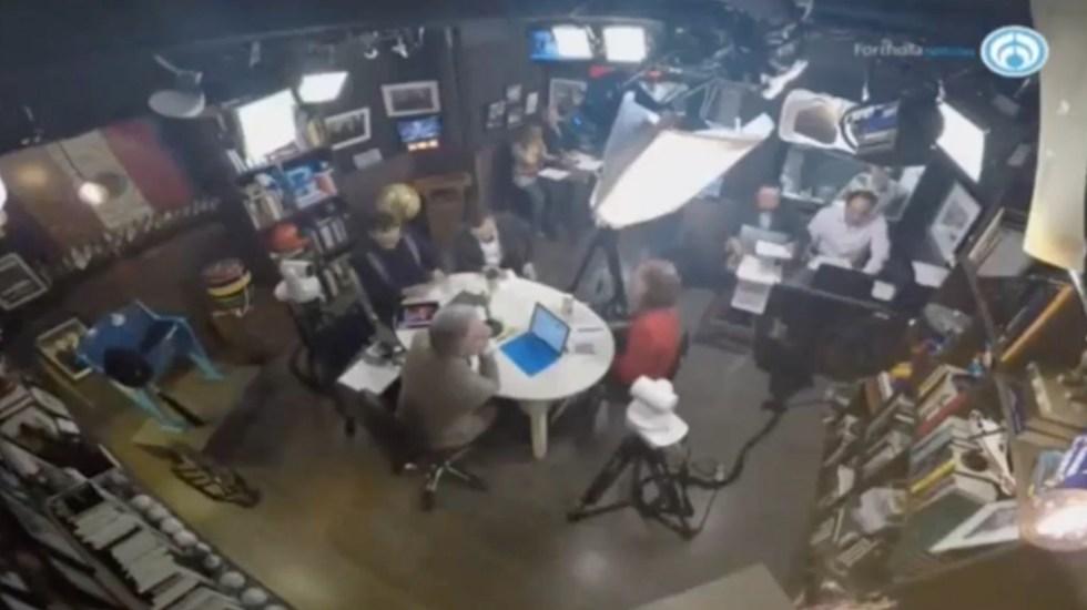 Mesa de los coordinadores de campaña antes del tercer debate - Captura de Pantalla