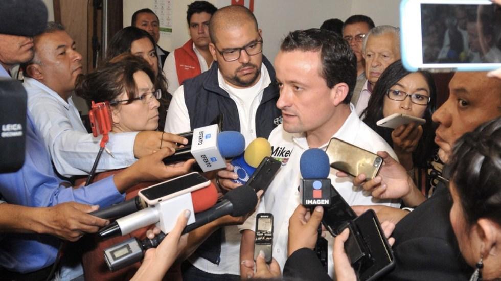 Mikel Arriola condena bloqueos en la capital por maestros de la CNTE