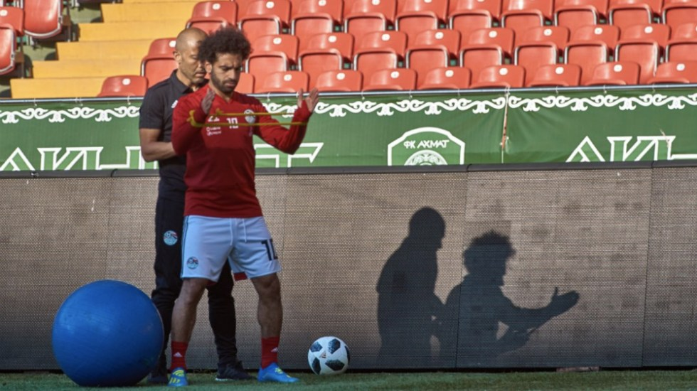 Mohamed Salah se perfila para ser titular contra Uruguay - Foto de @Pharaohs
