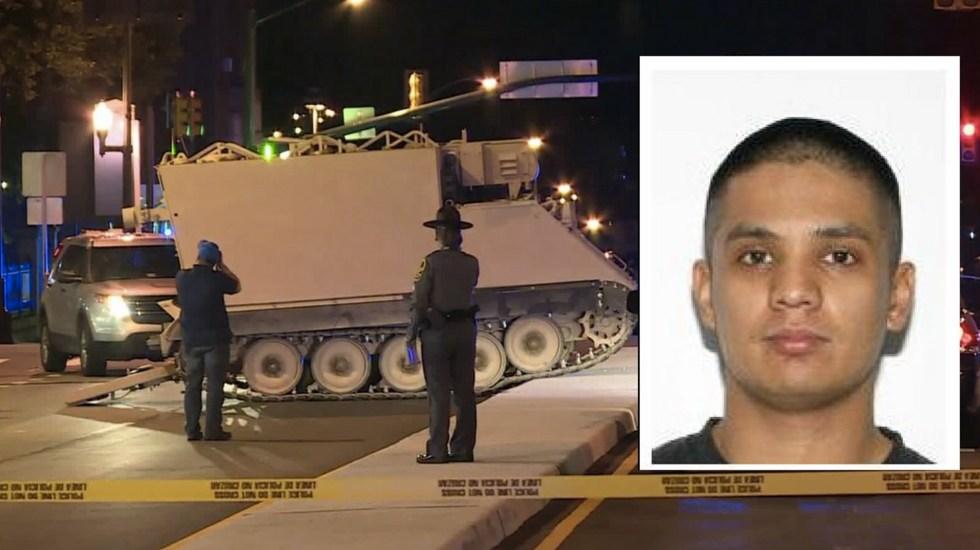 #Video Hombre bajo influencia de drogas roba tanque militar - Foto de @CBS6