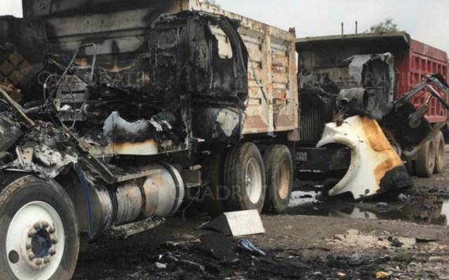 Comando incendia tractocamiones en Hidalgo; hay seis heridos - Foto de Quadratín