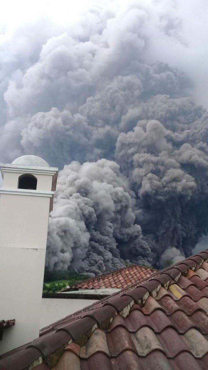 Resultado de imagen de volcan de fuego guatemala