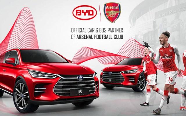 Estafan al Arsenal con patrocinio publicitario