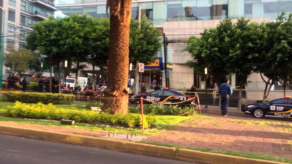 Balacera deja una mujer muerta en taquería de Lomas de Chapultepec - Foto de @skyguerrilla