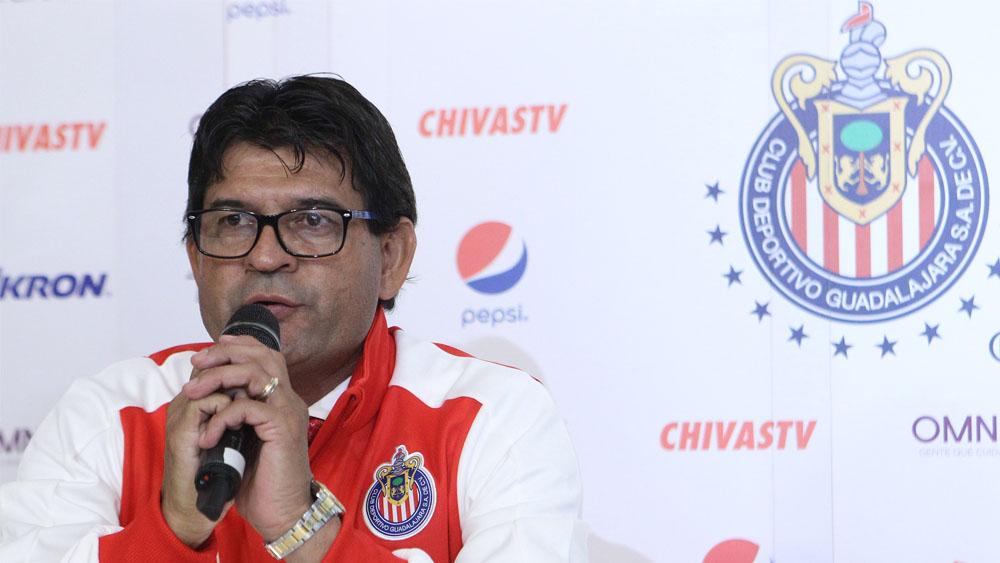 José Cardozo agrega psicólogo a la plantilla de Chivas - Foto de Mexsport