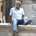 George Clooney reaparece en set de filmación tras accidente en moto