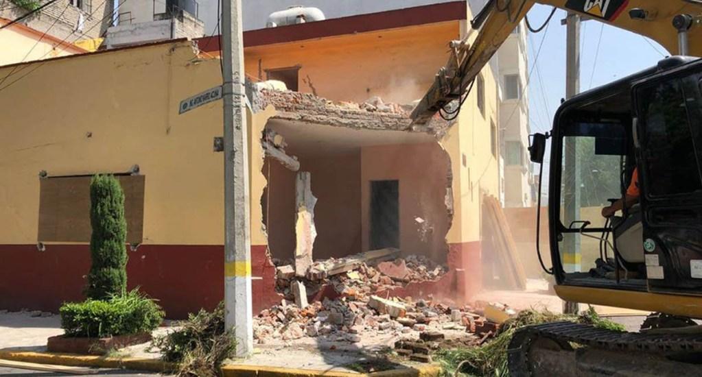 Demuelen en la Ciudad de México inmueble número 57 afectado por sismo - Foto de Sobse CDMX