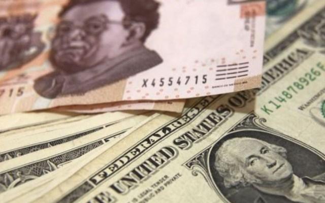 Dólar cierra en hasta 20.70 pesos en ventanillas - Dólar