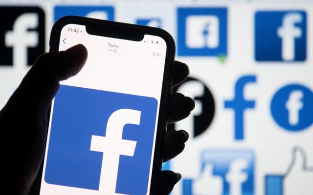 Facebook desbloqueó por error cuentas bloqueadas por usuarios - Foto de Antena 3