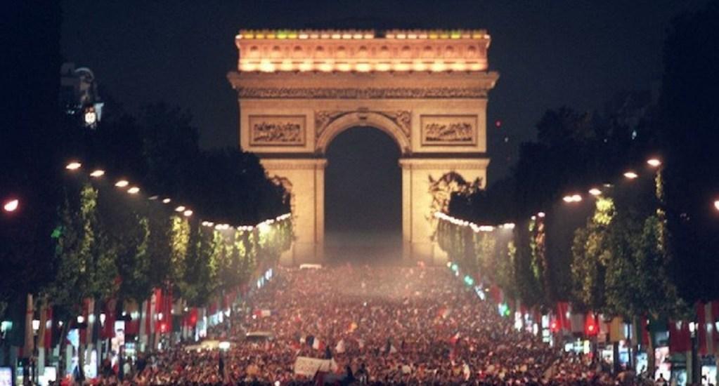 Festejos por pase de Francia desatan estampida y dejan 27 heridos - Foto de Twitter