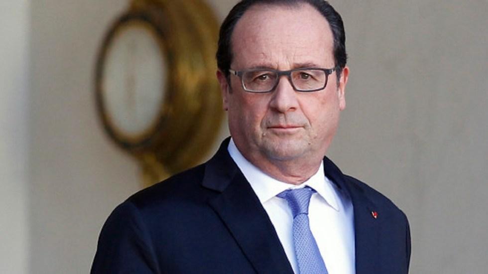 Deberíamos denunciar a Trump por perturbar al mundo: François Hollande - Foto de Getty Images