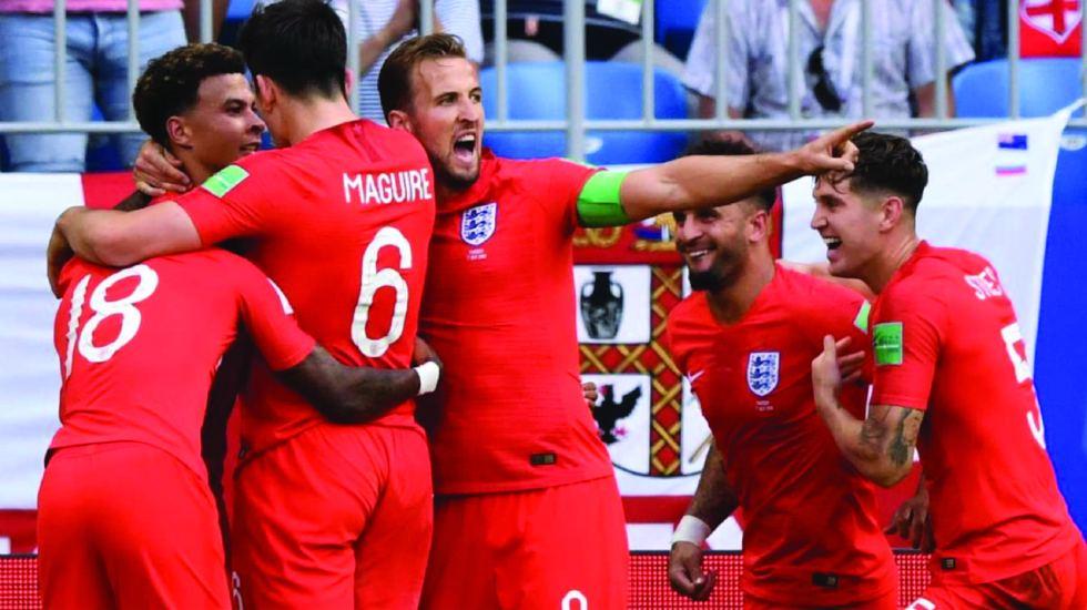 Famosos celebran el pase de Inglaterra a semifinales