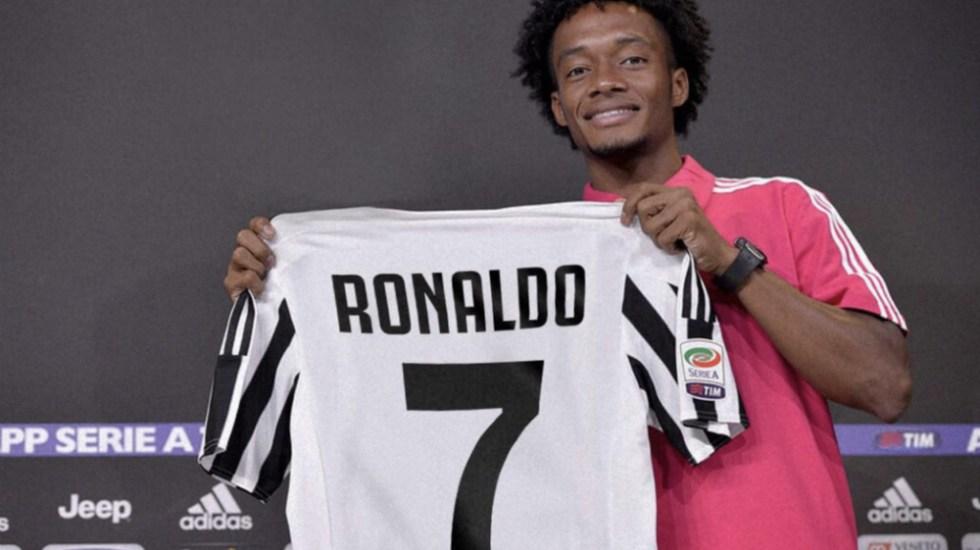 Cuadrado le cede a Cristiano Ronaldo el número 7 en la Juventus - Foto de @Cuadrado