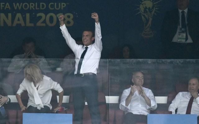 El festejo de Emmanuel Macron en el Mundial - Foto de Christophe Simon/AFP