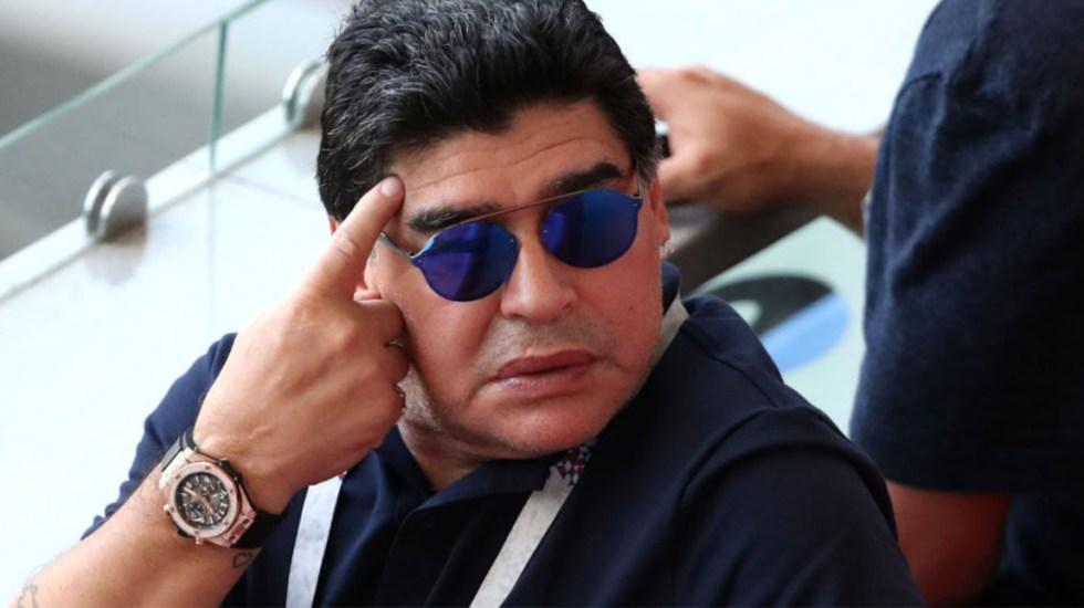 Maradona se disculpa con FIFA tras críticas al arbitraje