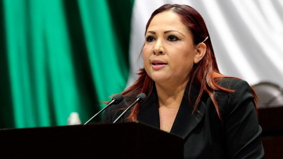 Diputada propone instalar reductores de velocidad en carreteras - María Luisa Beltrán Reyes. Foto de internet