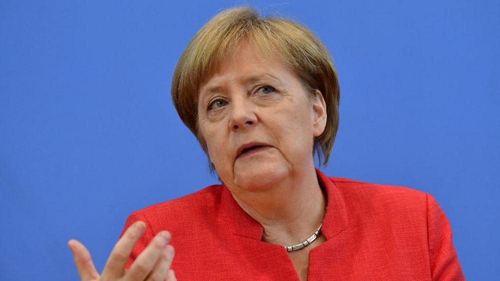 Próximo encuentro entre Trump y Putin es bueno para todos: Merkel - Foto de Tobias SCHWARZ / AFP