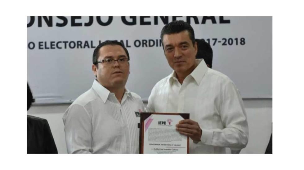 Entregan constancia de mayoría a Rutilio Escandón y Cuitláhuac García